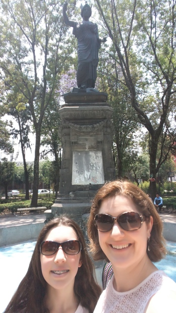 The only statue of a female we saw in Mexico City